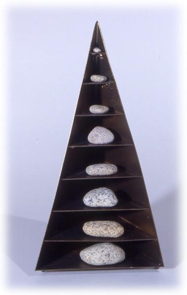 Portable cairn